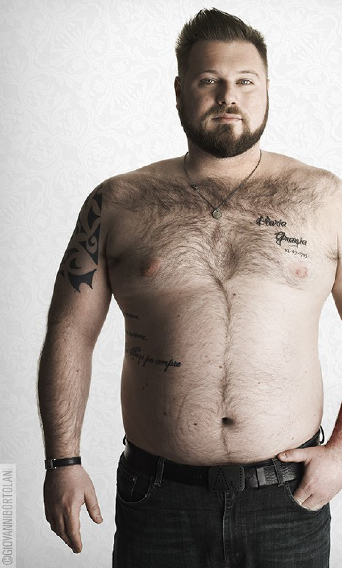 Chubby older fathers are more attractive to women and live